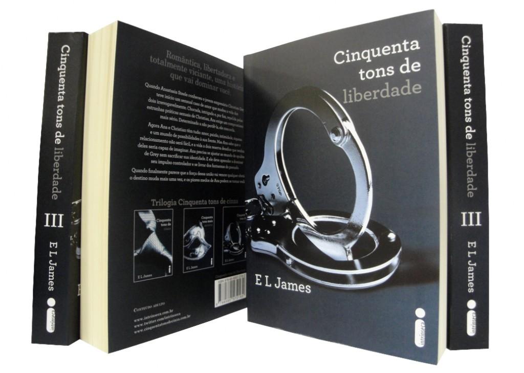 Trilogia Cinquenta tons de cinza ultrapassa a marca de um milhão de exemplares vendidos