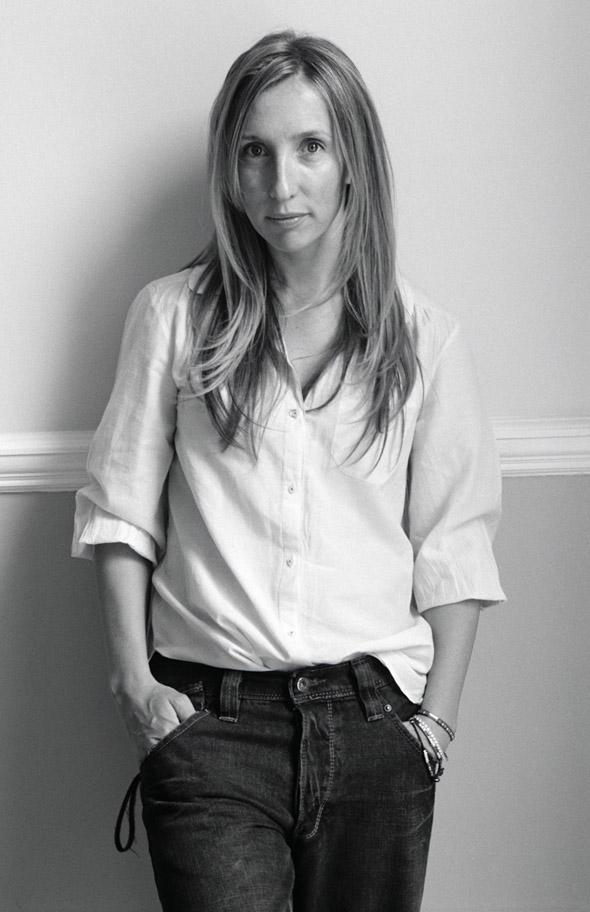 Escolhida a diretora de Cinquenta tons de cinza — o filme