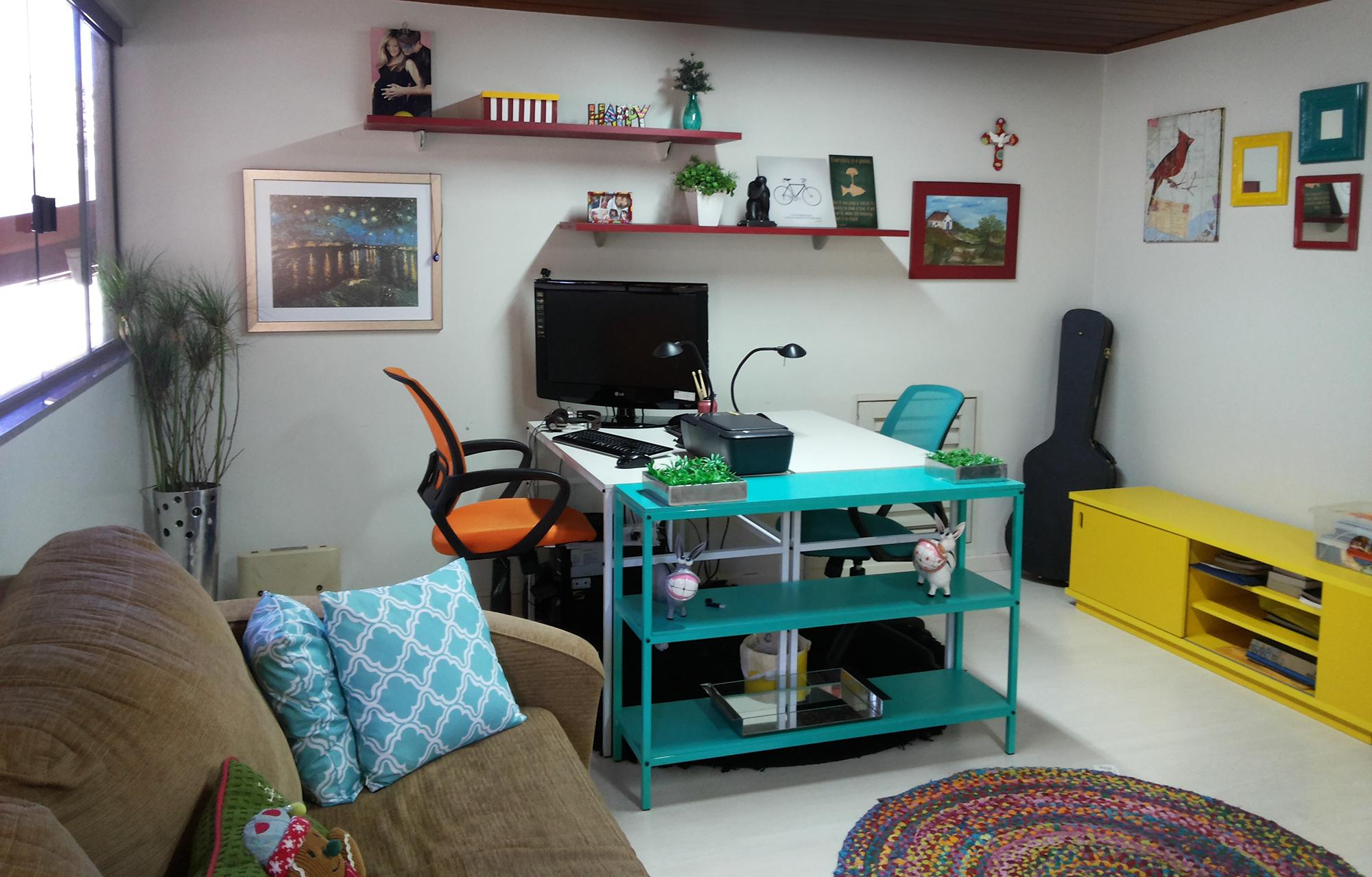 Escritório onde escrevo meus livros