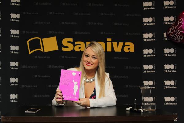 0007- Saraiva_Isabela Freitas - 21.08.2015 - Foto_Bruna Freitas