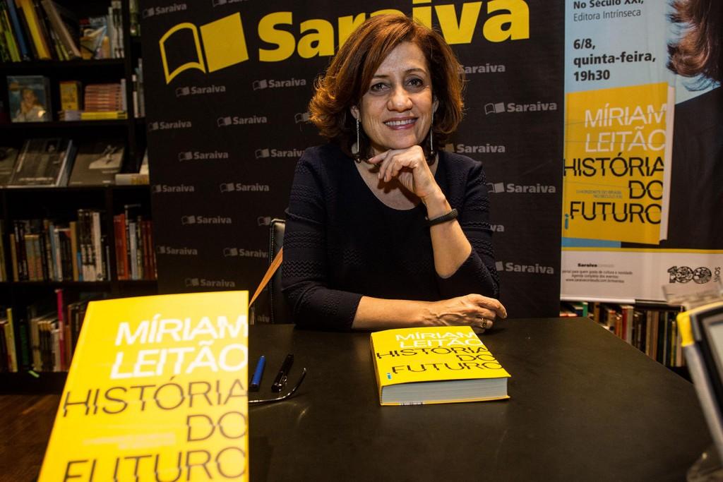 Lançamento de História do futuro em São Paulo