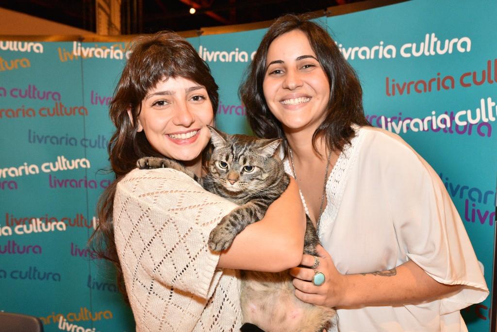 Sessão de autógrafos de Cansei de ser gato em São Paulo