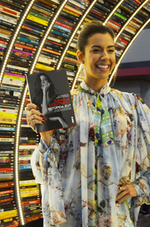 Confira as fotos do evento com Camila Coutinho na Bienal do Livro de São Paulo 2018