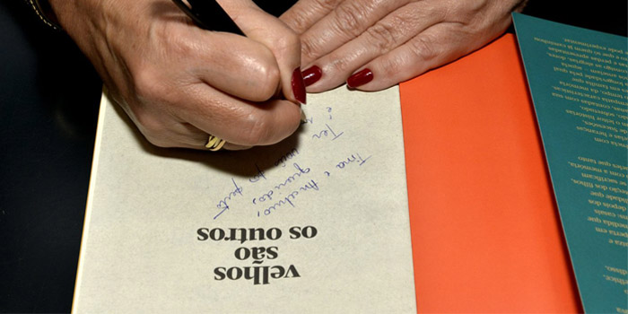"""Confira as fotos do lançamento de """"Velhos são os outros"""" no Rio de Janeiro"""