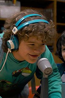 Rebobine a fita e curta a nostalgia da playlist inspirada em Stranger Things