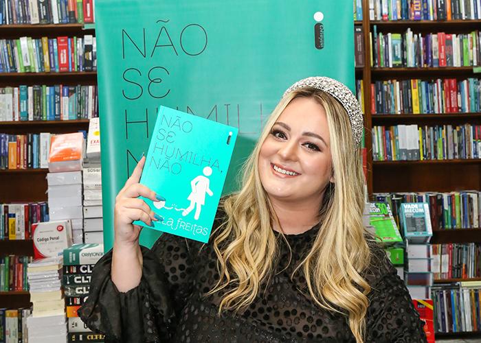 """Confira as fotos do lançamento de """"Não se humilha, não"""" em São Paulo"""